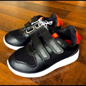 NWOT us sport toddler boys 7 sneakers shoes